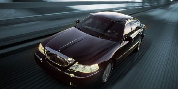 Airport Taxi To Toronto Pearson Flat Rates Limo 6474949900